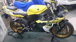 WANTED YAMAHA R1s ,04-06 ,accident and engine damage bikes