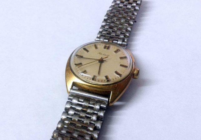 Корпусе желтом ссср в часы продам купить часы продать
