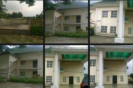 Distressed:a Waterfront 5 Bed Detached House in parkview estate ikoyi