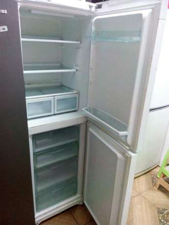 Ex-uk hotpoint future fridge with trade-in accepted Nairobi CBD - image 1