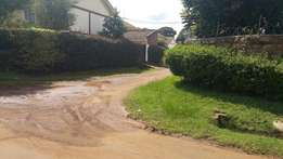 3bedroom house at kenyarii with title