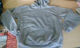 Hoodies Supply in many colors and sizes, we also delver Fast