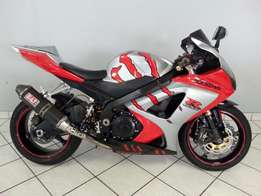 2008 Suzuki GSXR 1000 with extras and warranty