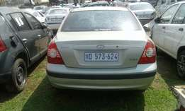 Hyundai Elantra 1.6gls 2002 stripping for spares