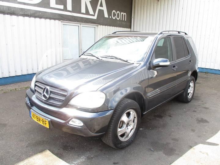 Mercedes-Benz M-Klasse ML 270 CDi , Youngtimer - 2004