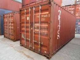 Fairly used 6M/12M shipping containers