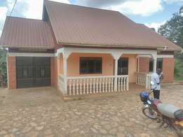 House for sale kyanja 160 m
