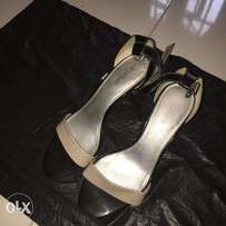 Like NEW USED MADE IN AMERICA SHOES At an affordable price