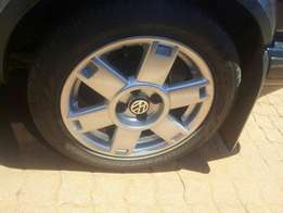 Golf standard wheels with tyres