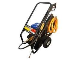 High Pressure Cleaner 124 bar 5.5 hp