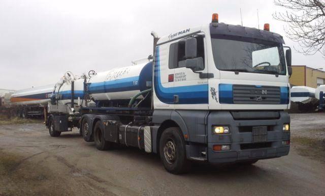 MAN 26.410 Saug/Druck + 1 Achs trailer - 2003