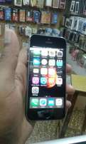iphone 5s slightly used one month only