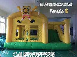 Bouncing castle with a Slide FOR HIRE