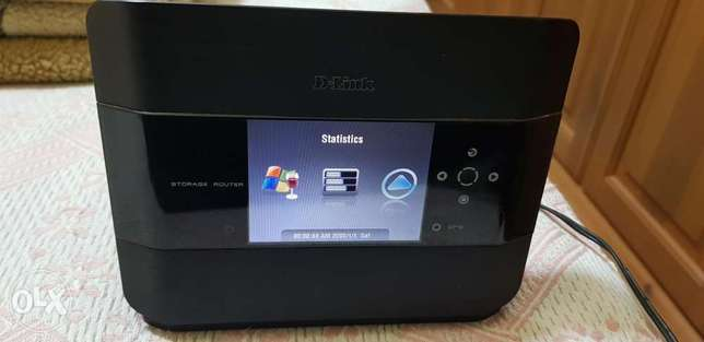 D-Link storage router DIR-685 with Lcd display and hdd bay