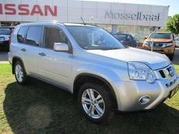 2012 Nissan X-Trail 2.0 XE. Gold. FSH.Low milage.Excellent condition.