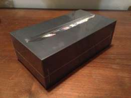 Apple iphone 5 32gb fresh and sealed in box