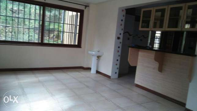 4bedroom townhouse to let Spring Valley - image 3
