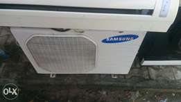 Samsung 2HP Split Unit AC use by an Indian man at 1004 V/I