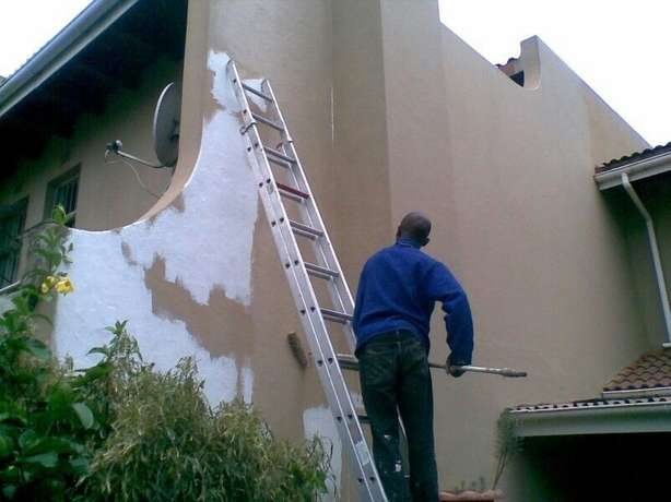 Building upgrades plastering tiling cladding stone wooden laminate flo Pretoria East - image 3