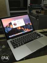 2015 retina 8gb 512gb ssd cori7 macbook pro 13inches