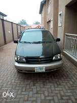 Toyota sienna 2000 6mnth used