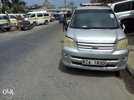 Clean Noah Lady owner well maintained