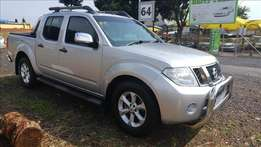 Nissan Navara 2.5 DCi LE D/C with many extras in mint condition