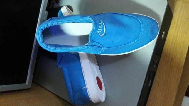 Quality and affordable rubber shoes Ruaka - image 6