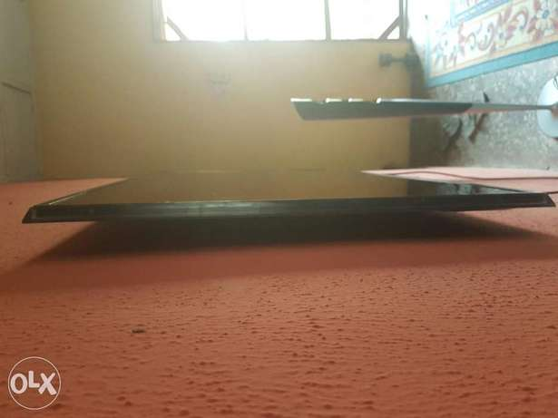 """Very Clean Samsung smart 3D TV""""55inch Ibadan Central - image 5"""