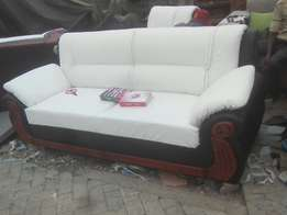 Selling five seater,well made amd quality materials