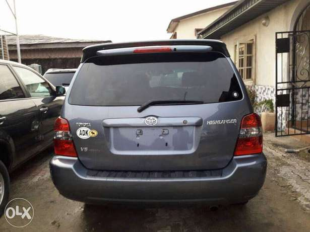 Clean Bill 2006 Toyota Highlander Lekki - image 1