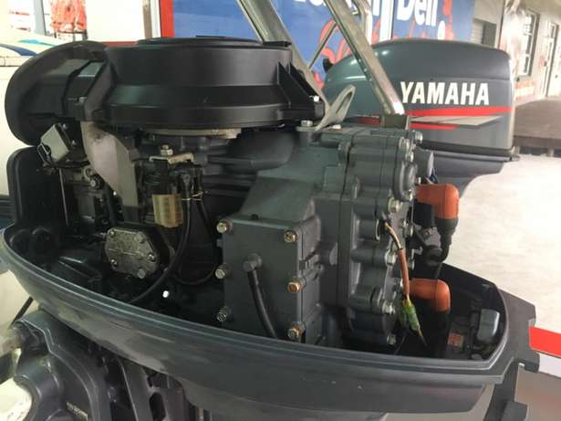 F16 Z-Craft with 2 x 40 hp Yamaha motors for sale Richards Bay - image 4
