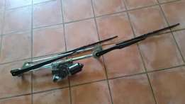 For Sale Front Wiper Motor for PT Cruiser
