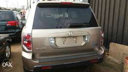 Extremely Clean Tokunbo Honda Pilot 2006