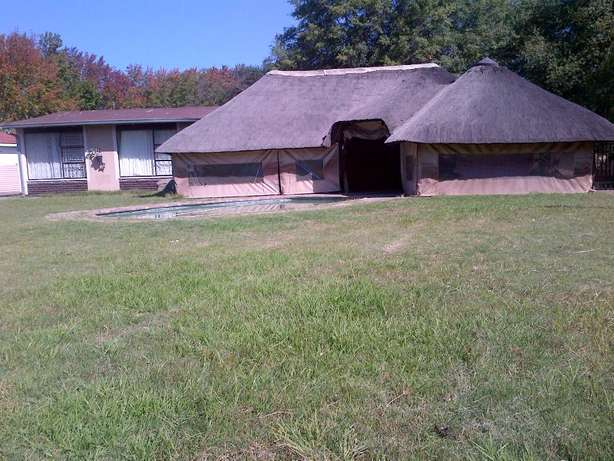 SASOLBURG Big House for Sale 4 Sale Voetstoots (As Is) for Entertainer Sasolburg - image 1