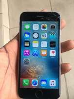 Iphone 6 cracked screen. Working perfectly