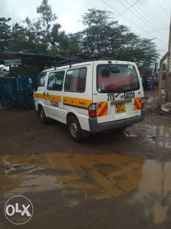 Nissan vanette in good condition Voi - image 1