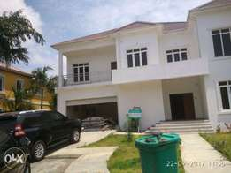 luxury 5bedroom detached house at Nicon town estate