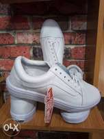 Vans off the Wall All white Sneakers
