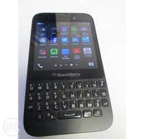 blackberry Q5 for sell(o7o824o629o)