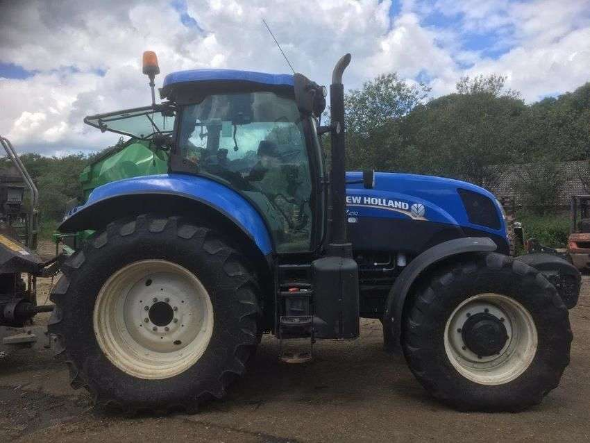 New Holland t7.210 - 2014 - image 5