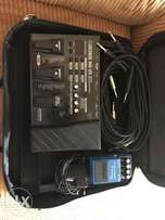 Boss ME25 multi effects pedal (including power supply)