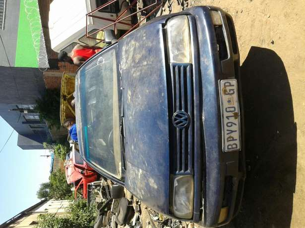 Jetta 3 CLX 1,8 Stripping For Spares and Body Accessories Germiston - image 1