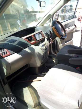 Toyota Noah, used but clean, 2000cc,yom 2005...clean lgbk 1st owner Section 58 - image 2