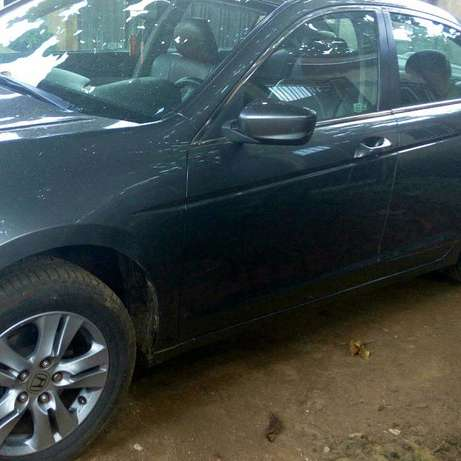 Neat 2011 Honda Accord Nigeria used Ibadan North - image 5