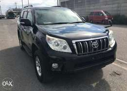 Toyota landcruiser black colour fully loaded.