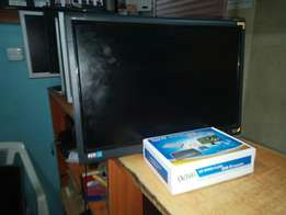 """22"""" TV + decorder free to air 11500/="""