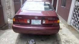 Super clean Toyota Camry drop light for sale