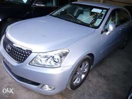 Fully loaded KCN Toyota Crown majesta