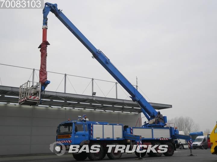 Thomas Nacelle 8X8 35 meters Aerial platform - 2000